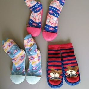 Kids multicolor socks/slippers